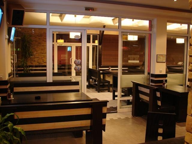 restaurants_21_8792690634